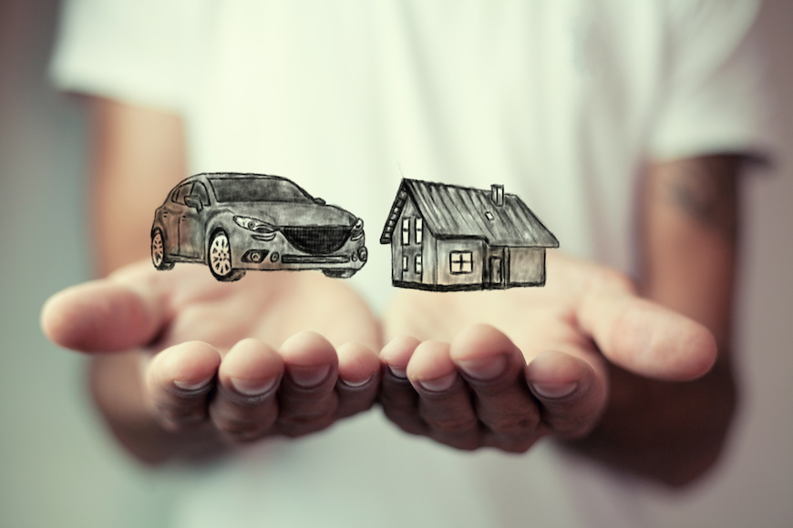 Be careful when bundling your auto and homeowners insurance